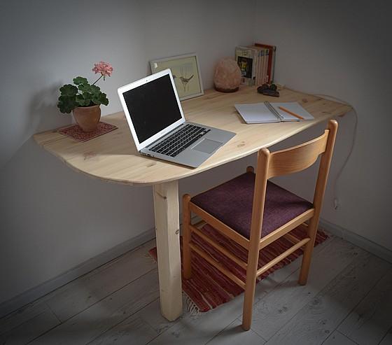 סנסציוני שולחן כתיבה עץ אורן | ריהוט טבעי לילדים | קטנטן - ריהוט טבעי לילדים KD-21